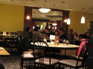 une table pour deux critiques de restaurants buffet maison de jade. Black Bedroom Furniture Sets. Home Design Ideas